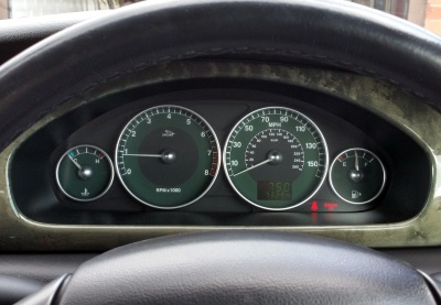 Old instrument panel, before replacement